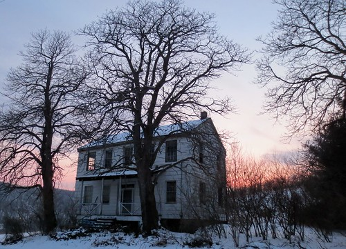 sunset abandoned oldhouse ruraldecay ruraldeterioration