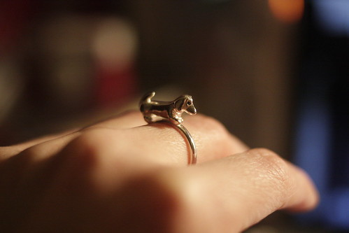 sausage dog ring