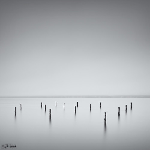 longexposure bw mist water weather fog cloudy seagull tide maryland shore lee pylons current fifteen 1740l patuxentriver yetagain 5dii bigstopper jpbenante