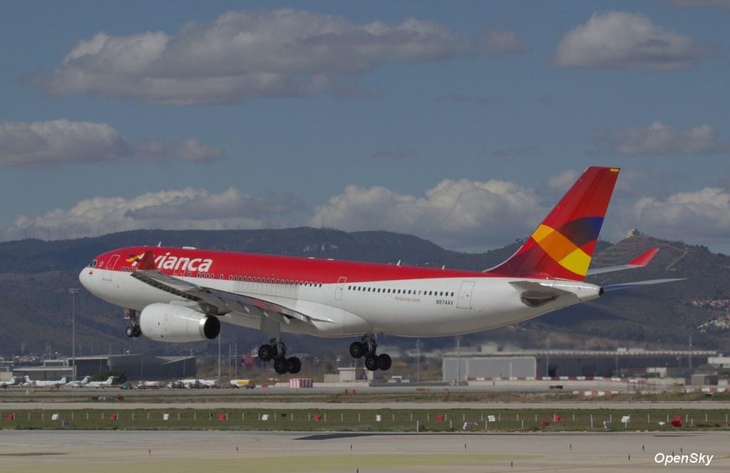 Avianca Airbus A330-243 N974AV (cn 1208)
