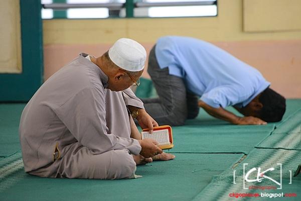 Masjid_Bandar_Kuching_07