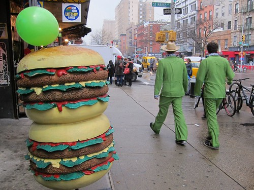 St. Patrick's Day NYC 2013: East Village, Paul's Burger