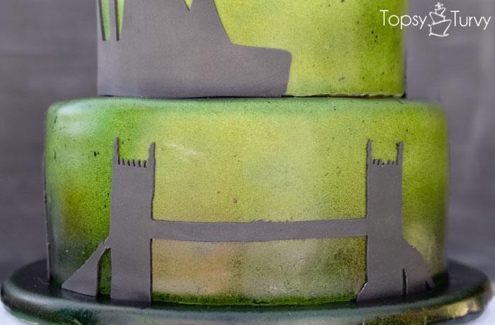 london-bridge-silhouette-shadow-ombre-fondant-birthday-cake