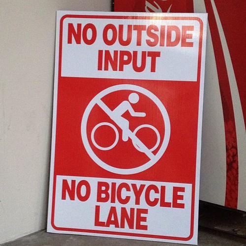 Holy shit! Anti-bike lane signs @ Colorado Blvd bike lane town hall. #fig4all