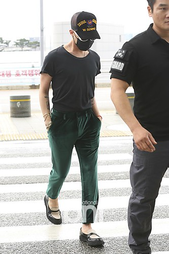 Big Bang - Incheon Airport - 26jun2015 - BNT - 04