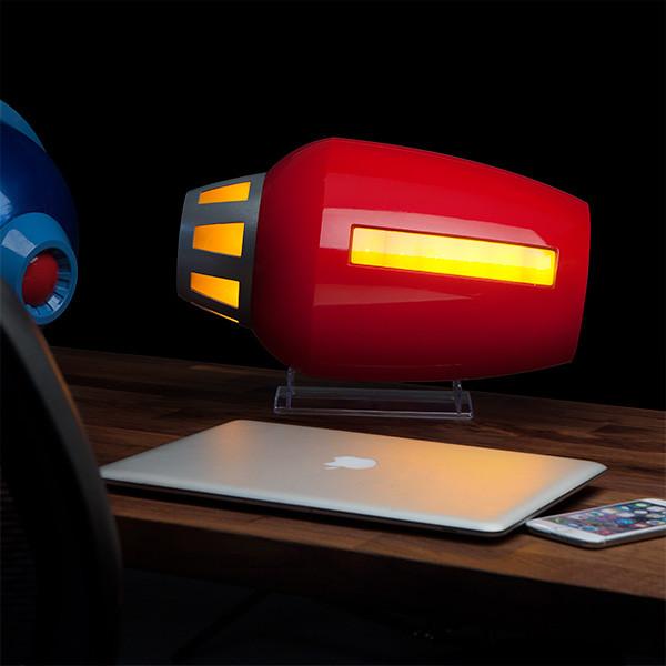 ThinkGeek【布魯斯 1:1 複製能源炮】Proto Man Buster 盾牌、頭盔你們去哪兒了?!