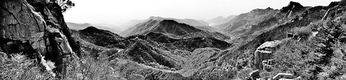 china travel people blackandwhite bw panorama mountains tourism nature fog cn landscape photography blackwhite rocks pano panoramic boulder 雾 中国 qingdao 旅游 自然 旅行 山 石 黑白 humans 2012 shandong 旅遊 中國 人 山水 泰山 taishan 泰安 taian 全景 摄影 sml 攝影 山東 青島 霧 canon2470f28l fav10 山东 ccby 中國旅遊 中国旅游 chinatourism smlprojects canon7d smlphotography 全景攝影 smlbw flickrstats:views=10000 people:count=1 photographer:initials=sml photographer:name=seeminglee company:name=smlphotography company:name=smluniverse sml:projects=bw smltravel sml:travel=qingdao sml:projects=panophotography sml:projects=chinatourism sml:projects=landscape sml:projects=smltravel 象鼻峰 青云洞 青雲洞 smlpano