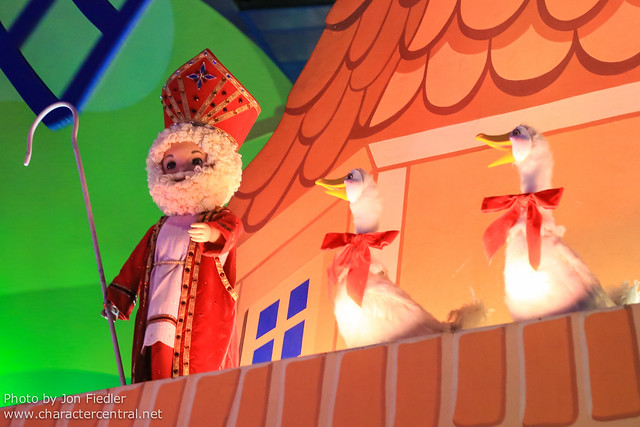 DLP Halloween 2012 - it's a small world celebration