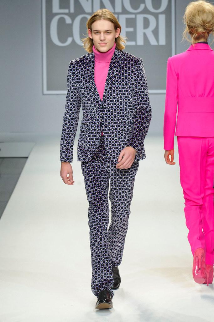 FW13 Milan Enrico Coveri021_Ton Heukeuls(fashionising.com)