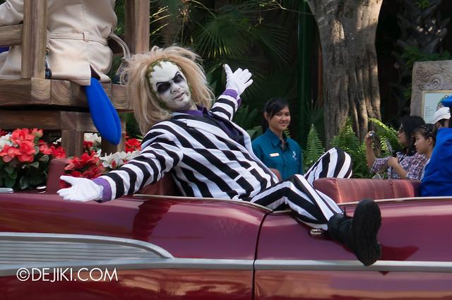 Hollywood Dreams Parade - Beetlejuice