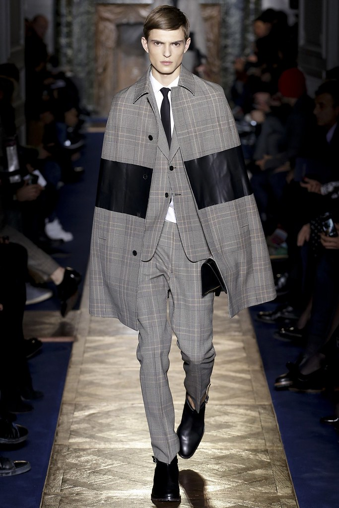 FW13 Paris Valentino007_Guerrino Santulliana(VOGUE)