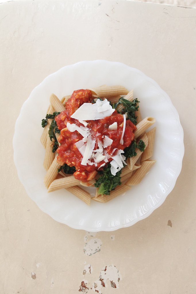 kale and turkey chunky marinara pasta 1