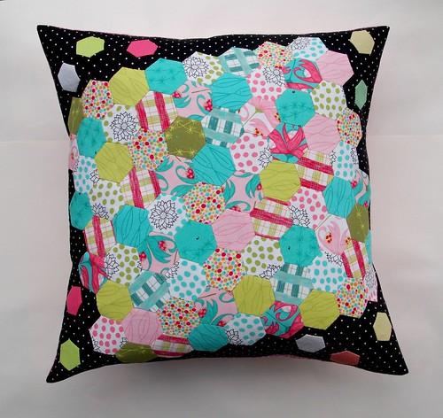 hexy pillow