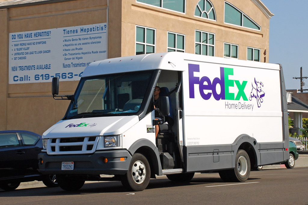 Fedex Home Delivery Plastic Bodied Isuzu Reach Stepvan In Flickr