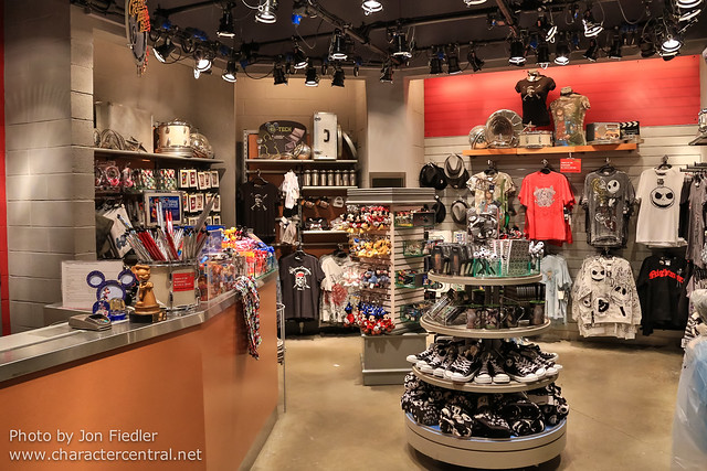 DLP Halloween 2012 - Wandering through Walt Disney Studios