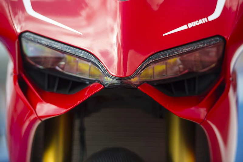 2013-ducati-1199-panigale-r-official-pictures-photo-gallery_20