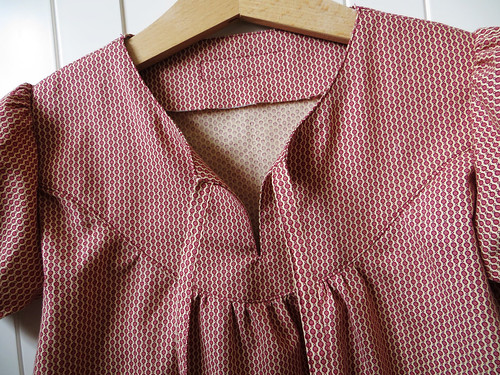 Girl's tunic - tie detail