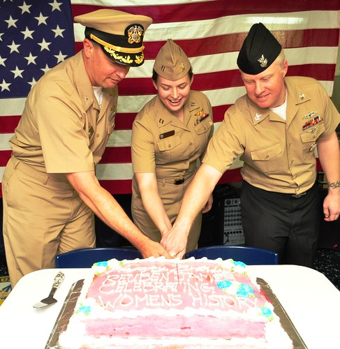 From left to right: Commander Daniel Valascho (USS REUBEN JAMES Commanding Officer, LT Amy Hunt, and NC1 (SW/AW) Timothy Nugent