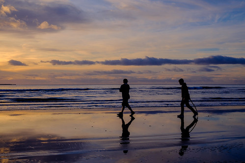 <p>Kapiti Coast, New Zealand.<br /> Fuji XT1 & the 35mm.</p>