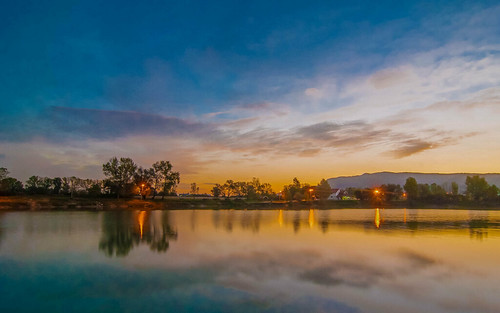 lakes morning sunrise lakezajarki zajarki zaprešić croatia hrvatska nikond90 tokina12244 cloudy clouds sky