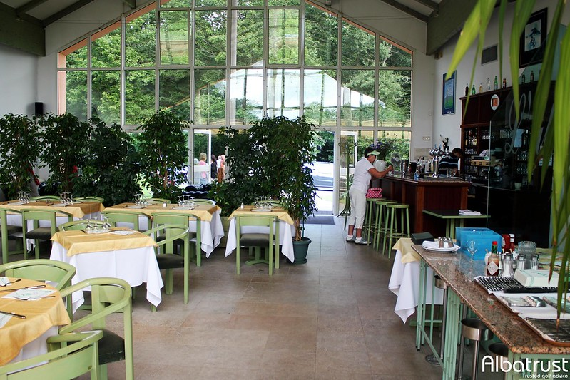 photo du golf Golf du Château d'Avoise - Bar - Restaurant