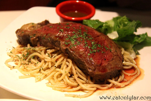 Sirloin Steak with Aglio Olio, Hot Tomato Café & Grill