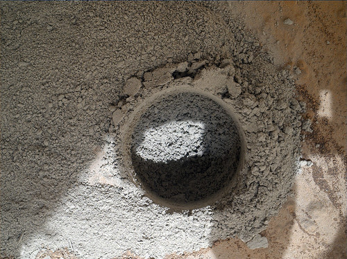 CURIOSITY sol 180 MAHLI mini-drill