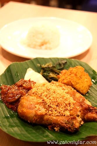 Ayam Penyet with Rice, Ayam Penyet Ria