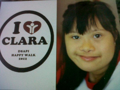clara reyes happy walk 2012