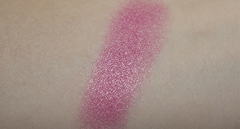 sleek mirrored pink blush
