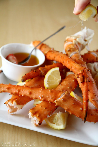 Crab Legs with Lemon and Clarified Butter