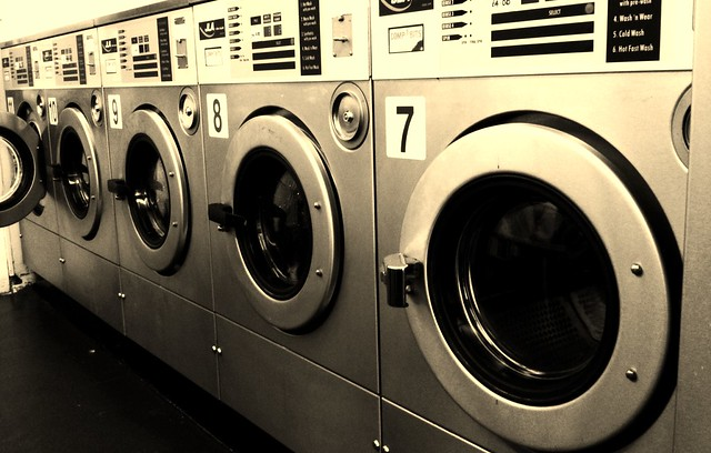 Photo:Laundrette By:loopingstar