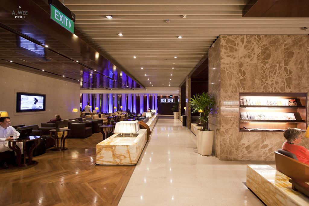 Silver Kris Lounge