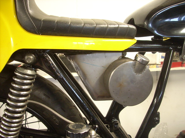 Battery Cafe Racer Choose