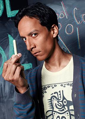 Danny Pudi, o cinéfil Abed