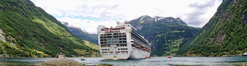 _geirangerfjord by l--o-o--kin thru