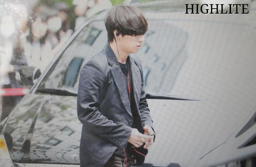 BIGBANG KBS Music Bank arrival 2015-05-15 cr on pic 003