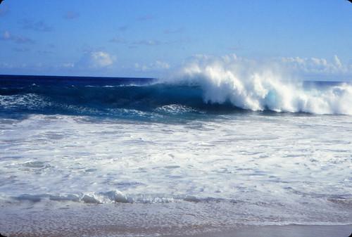 IMG_00644_Wave