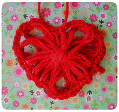 flower loom heart