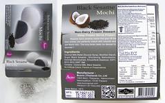 mochi gevuld met zwart sesamijs