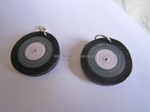 Handmade Jewelry - Paper Disk Earrings (WGB) (1) by fah2305