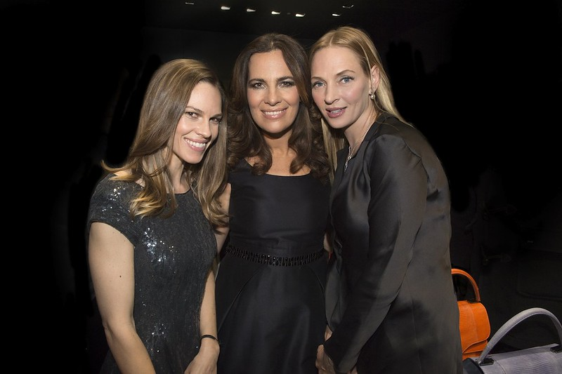 hilary-swank-roberta-armani-uma-thurman-avenue-montaigne