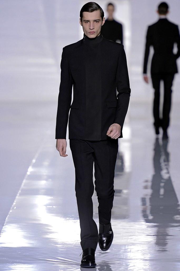 FW13 Paris Dior Homme007_Adrien Sahores(GQ.com)