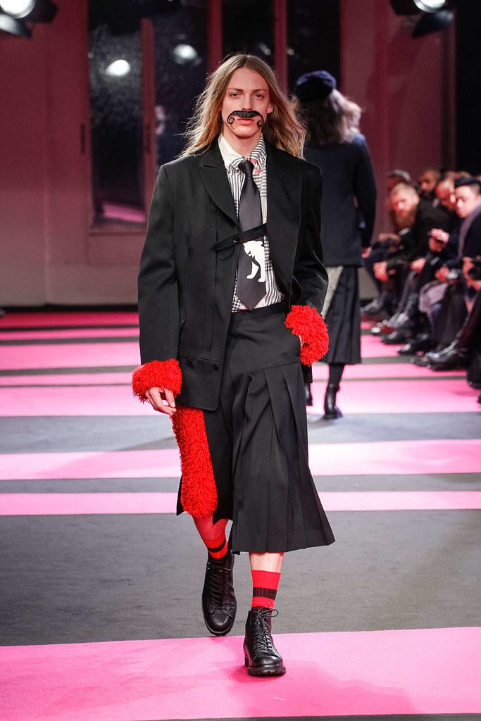 Erik Andersson3082_4_FW13 Paris Yohji Yamamoto(fmag)