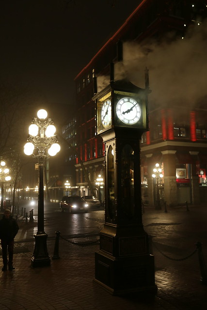 Gastown clock at night