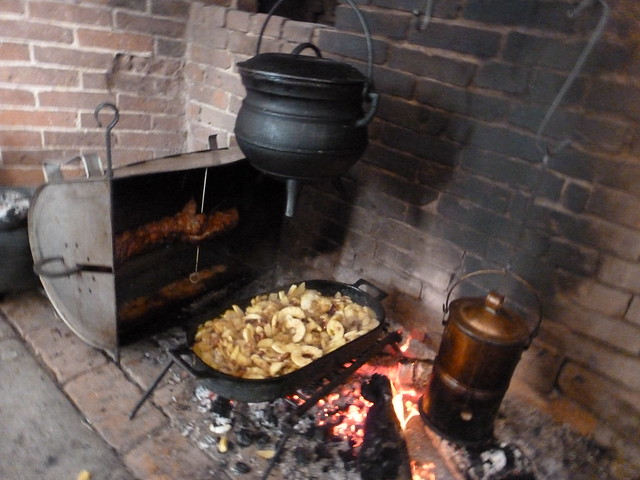A fashionable frolick 18th century hearth cooking workshop for 18th century cuisine