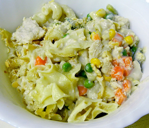 What Smells So Good?: Chicken Noodle Casserole