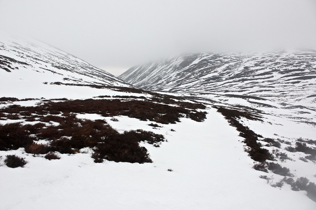 Descending into Glen Gairn