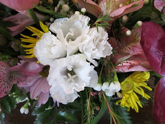 34238 Birthday Flower Arrangement  For Mom 2013