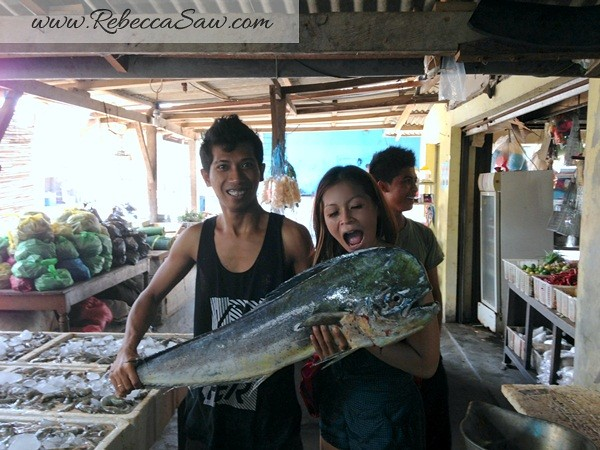 rebecca saw - jimbaran bali fish market